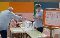 La participación de los ciudadanos vascos en la jornada electoral disminuye respecto a las elecciones de 2016, mientras en Galicia aumenta. Foto: El Plural
