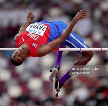 Zayas pudiera acceder al podio en el Mundial bajo techo como antesala de un posible rendimiento en Tokio. Foto: Gettyimages.