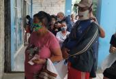 El insuficiente abastecimiento al Sylvain de Ayestarán y 19 de mayo, provoca con frecuencia malestar en la población que acude a comprar pan en dicho abastecimiento.