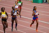 Buen paso y con fuerzas se vio Roxana en los 400 metros.