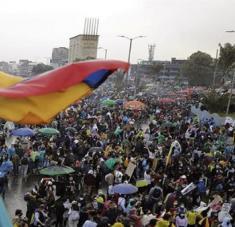 Desde el 28 de abril se vienen llevando a cabo movilizaciones en las principales ciudades del país contra el presidente Duque. Foto: EFE