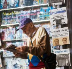 """La dañina polarización que fue azuzada por el papel protagónico que se le otorga a las denuncias y críticas de la selecta """"prensa extranjera"""", es alarmante en América Latina.."""