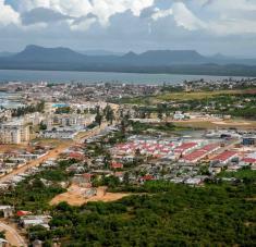 Fotografía de archivo de la ciudad costera de Gibara, ubicada en el norte de la provincia de Holguín, Cuba, declarada en cuarentena como parte de las medidas que adopta el Gobierno cubano para el enfrentamiento a la pandemia de COVD-19, el 11 de abril de 2020.