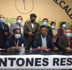 Los líderes indígenas de los 48 Cantones pidieron a la fiscal general que reconsiderara si decisión, pues de lo contrario el pueblo saldría a manifestarse. Foto: @48cantones