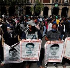"""Cristina Bautista, madre de uno de los 43, dijo esperar que """"pronto alcancemos la verdad, saber dónde están nuestros hijos"""". Foto: Diario de México"""