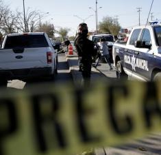 Los agentes dispararon en contra del adolescente de 17 años después de una persecución. Foto: Reuters.