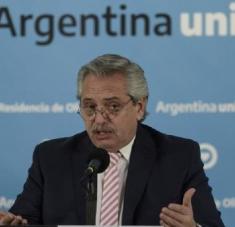 El líder argentino expresó su interés en que el Estado asuma su responsabilidad en gaantizar que todos los ciudadanos tengan acceso a los derechos básicos. Foto: EFE