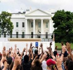 La orden de Trump contra los manifestantes constituye una violación de los derechos constitucionales de libertad de expresión. Foto: Prensa Latina