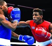 Andy es un boxeador muy incómodo para cualquiera de sus rivales. Combina técnica, esquiva, desplazamientos y dominio de todas las distancias de combate.