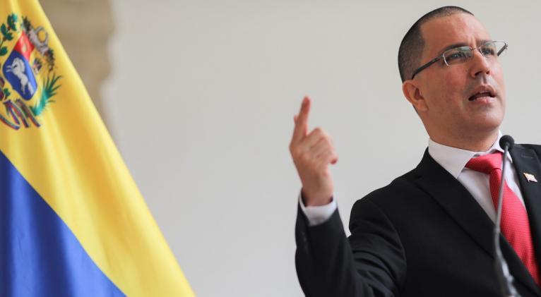 El canciller venezolano, Jorge Arreaza, instó a que la producción y distribución de los antígenos sean asequibles, equitativos y transparentes. Foto: Manaure Quintero