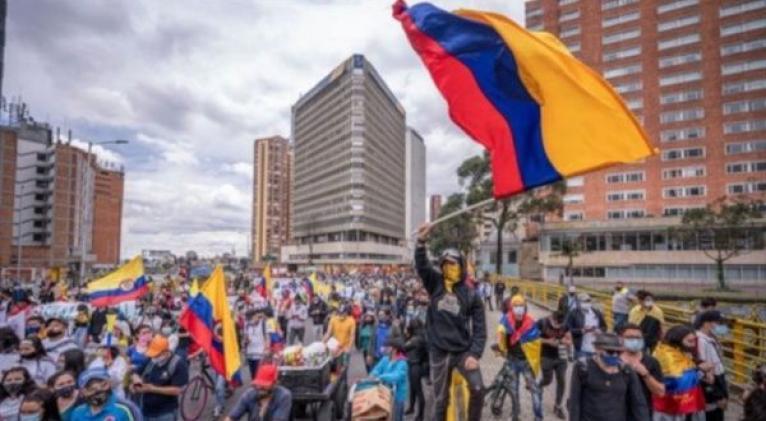Para la jornada están programados varios plantones y movilizaciones en distintas ciudades del país para exigir también la eliminación del Escuadrón Móvil Antidisturbios. Foto: Twitter @RCarrizalezPSUV