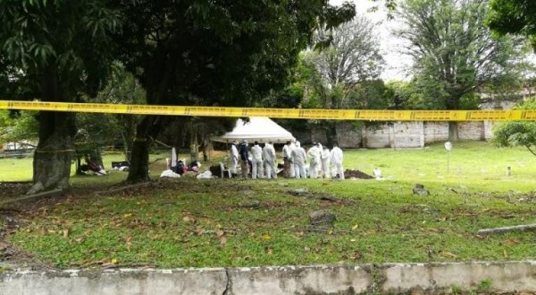 Los 906 cadáveres encontrados en Jardín Cementerio Universal de Medellín son fruto de una investigación que procesó alrededor de 2.000 documentos. Foto: Movimiento Nacional de Víctimas de Crímenes de Estado