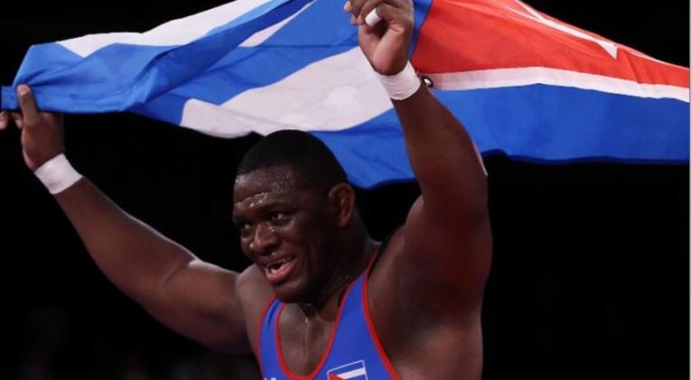 Mijaín se inscribió como el mejor luchador de la historia olímpica y el mejor deportista cubano de todos los tiempos.