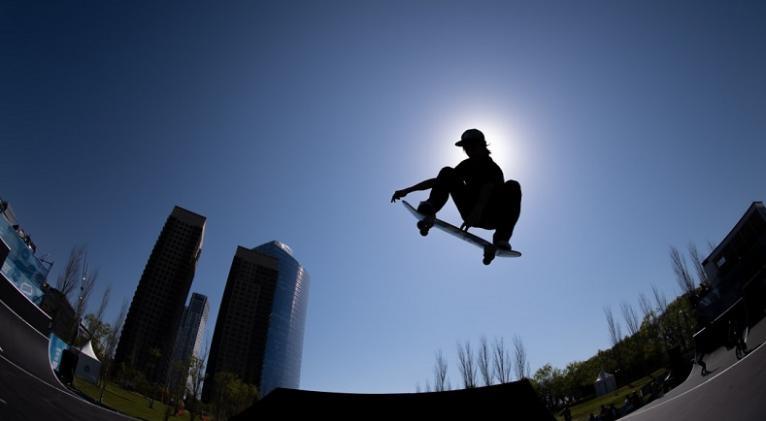 El skateboarding será una de las nuevas disciplinas que contemplará el programa de Tokio con el concurso de 40 hombres y otras tantas mujeres. Foto: olympics.com
