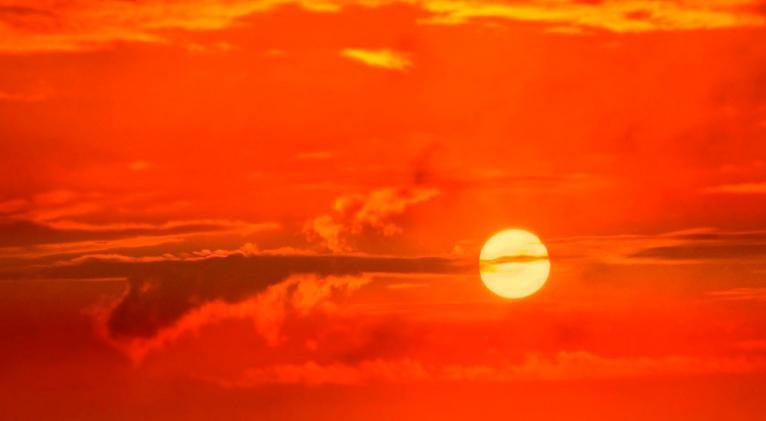 Debido a la distancia que guardará con respecto el astro, la Tierra sufrirá una desaceleración en su movimiento de traslación. Foto: Pixabay