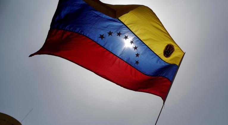"""Los gobiernos han visto """"progresos en la reconstrucción de las instituciones democráticas"""" del país suramericano. Foto: Reuters."""