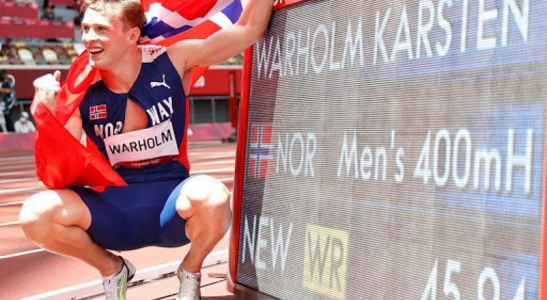 El noruego Warholm, meterórico sobre vallas.